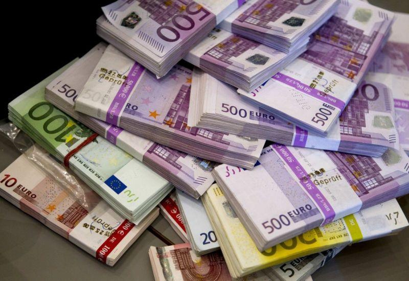 Europejski Bank Centralny chce zerwać z duopolem Visy i Mastercard