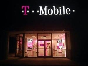 Stabilne przychody T-Mobile, ale darmowy roaming odbił się na wynikach