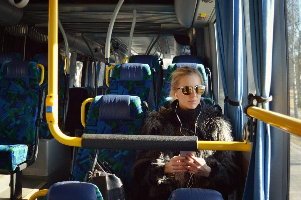 Jak się jeździ komunikacją miejską w Polsce?