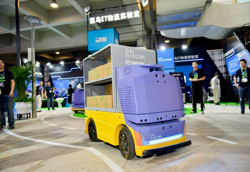 G Plus robot dostawczy Alibaba Group. Źródło: Alibaba