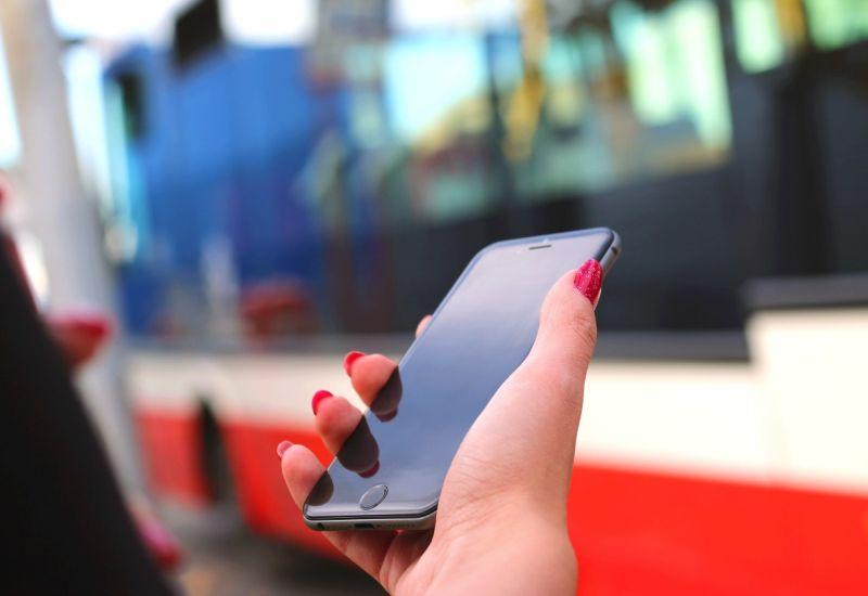 Już 60% urzędów przyjmuje płatności kartą i telefonem