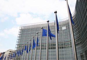 Komisja Europejska nie liczy się z fintechami?