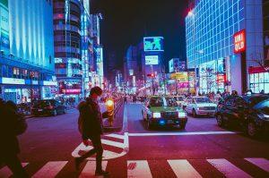 Samoprowadzące się samochody będą dostępne w Tokio