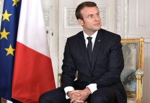 Francja zakazuje korzystania ze smartfonów