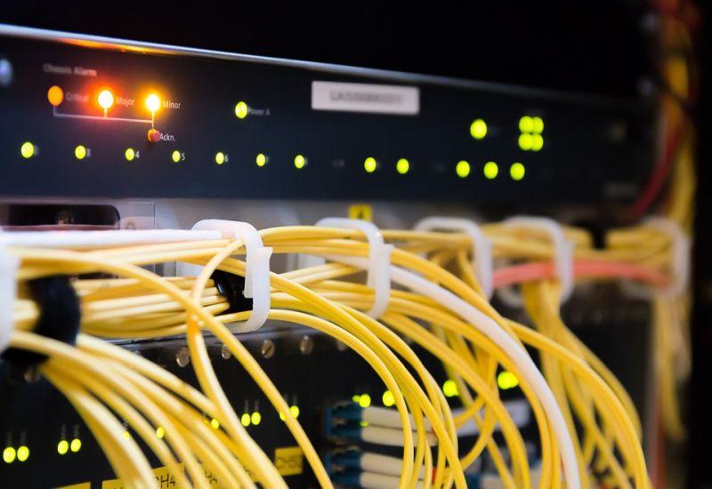 Sieć LTE 450 MHz dla energetyki. Orange Polska i Ericsson przetestowali jej możliwości