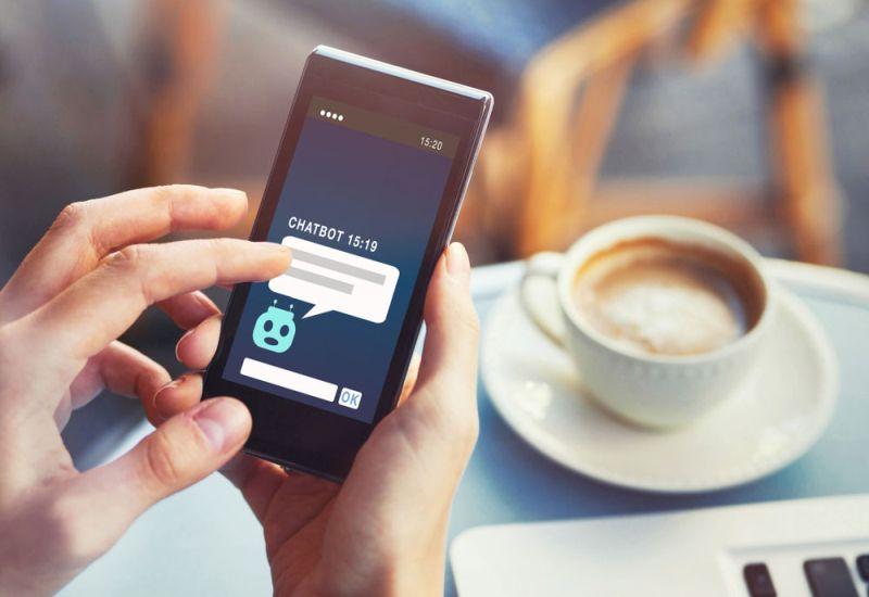 Prawie milion Europejczyków korzysta z bankowych chatbotów