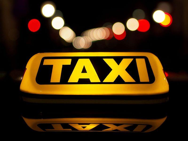 Nadchodzi delegalizacja Ubera i Taxify. Taksówkarze dopięli swego