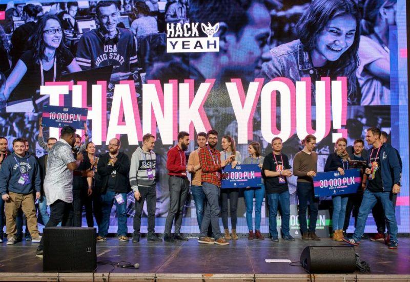 Cztery startupy wyróżnione przez PKO Bank Polski na HackYeah