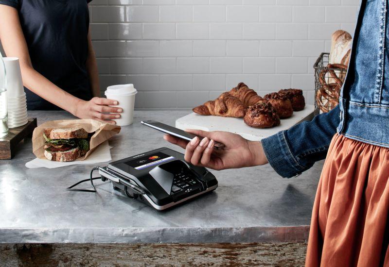 Płatność zbliżeniowa telefonem