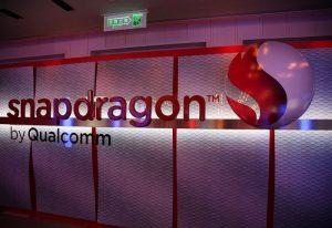 Snapdragon_by_Qualcomm_logo,_Computex_Taipei_20110530