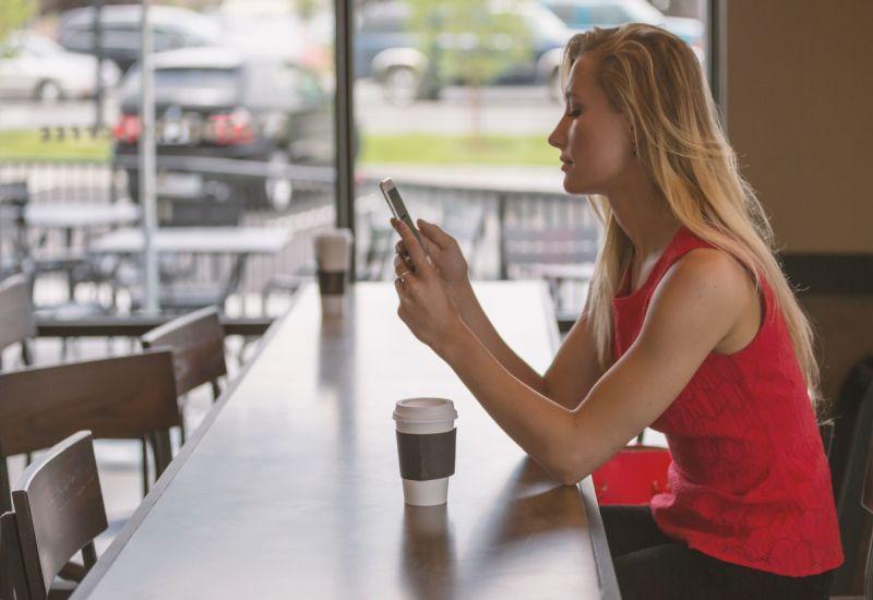 Z bankowych aplikacji mobilnych korzysta już 8 mln Polaków