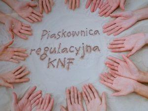Piaskownica regulacyjna w KNF