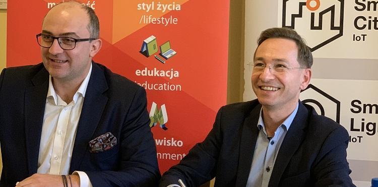 zdjęcie-podpisanie-porozumienia-iot-wrocław-naglowek-750x371
