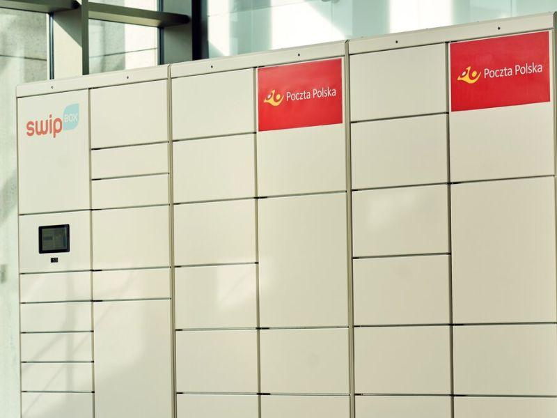 Poczta Polska rozwija sieć automatów do odbioru paczek