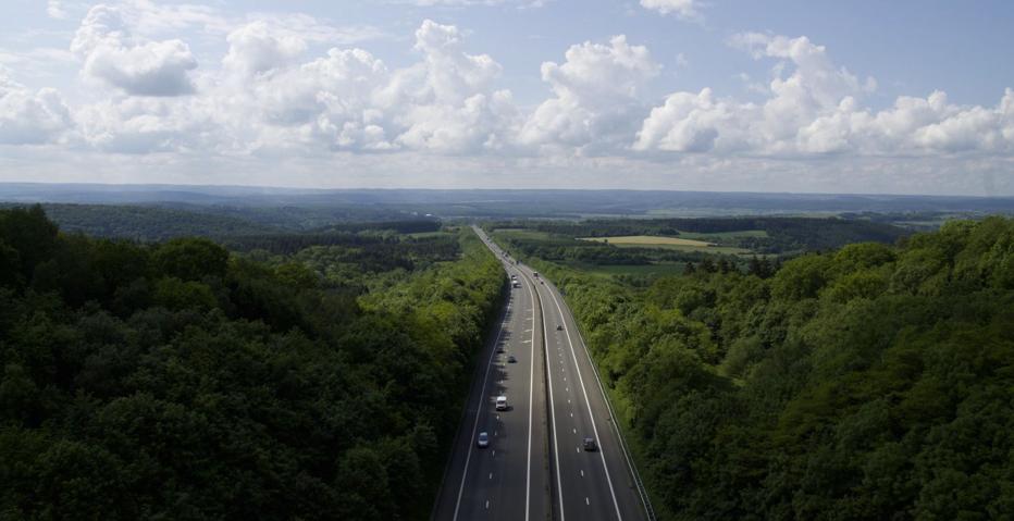Z Autopay korzysta 300 tys. kierowców. Co piąty przejazd autostradą opłacany jest automatycznie