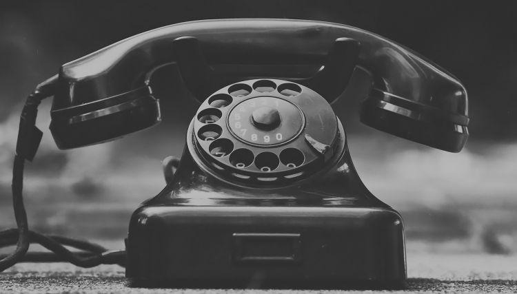Urząd zadzwoni i napisze do obywatela. Sejm przyjął nowe przepisy