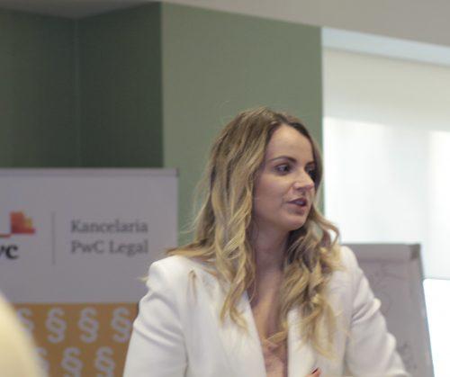 dr. Katarzyna Niewińska