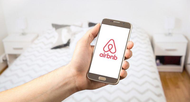 Airbnb wprowadza bezpłatne anulowanie rezerwacji