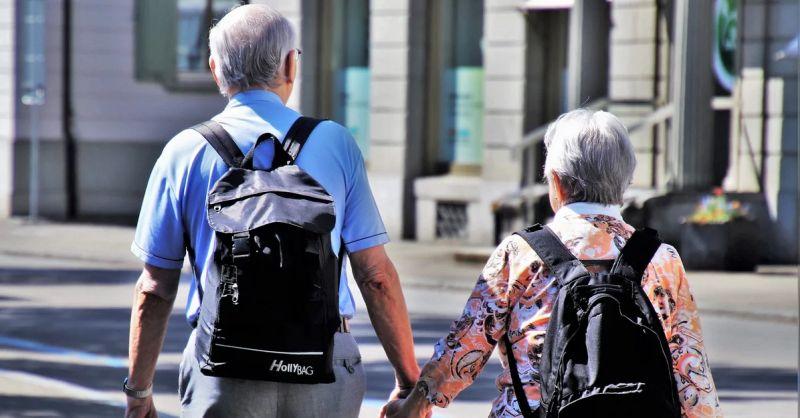 Fintech to wciąż ciężki temat dla seniorów. Wyniki badania Alior Banku