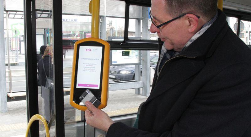 Tychy wdrażają nowy system biletowy. Zapłacisz tylko za przejechaną odległość. Foto: Metropolia GZM/Witold Trólka