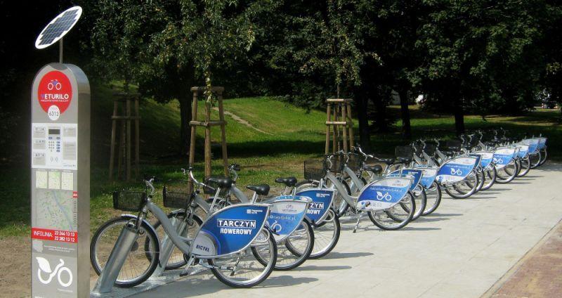Bikesharing mocno wyhamował. Polacy wolą hulajnogi?