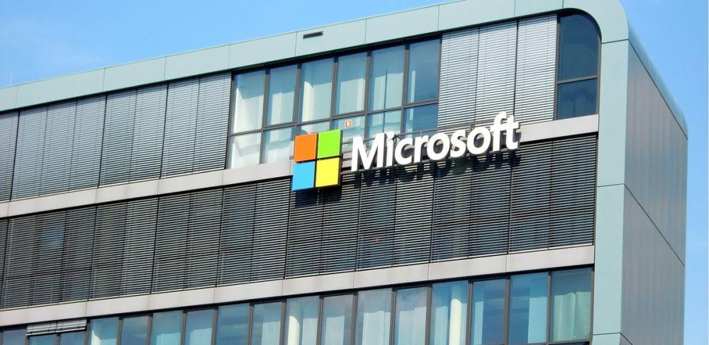Pandemia nie zachwiała biznesem Microsoft. Gigant przebił oczekiwania analityków