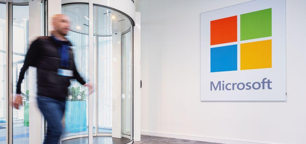 Microsoft nawiązuje współpracę z Chmurą Krajową. Inwestycja warta 1 mld dolarów