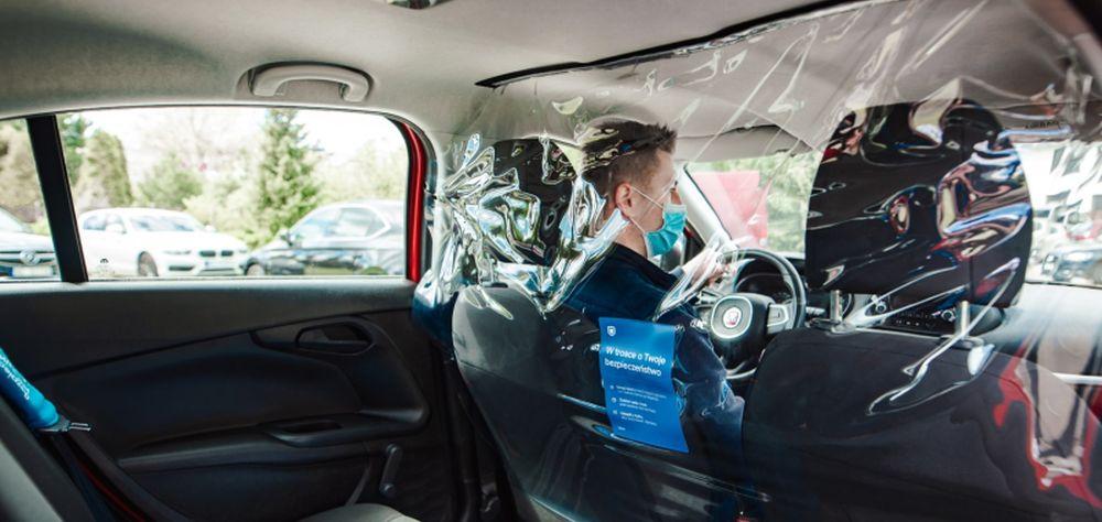 Duże zmiany w Uberze. Kontrole maseczek i przegrody w samochodach