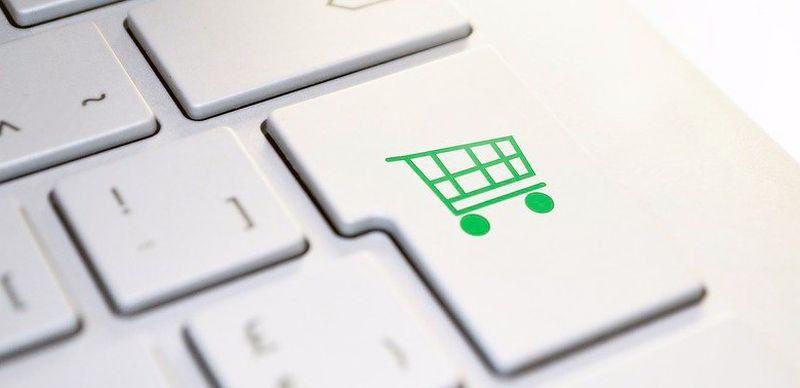 Zakupy online na kredyt w trakcie kwarantanny wzrosły o 50%