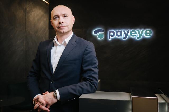 Krystian_Kulczycki_CEO_PAYEYE_siedziba_04