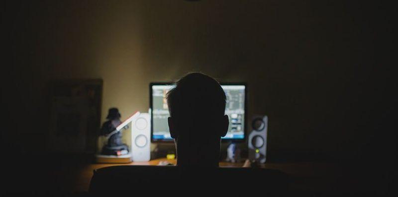 Jak bezpiecznie sprzedawać w sieci?