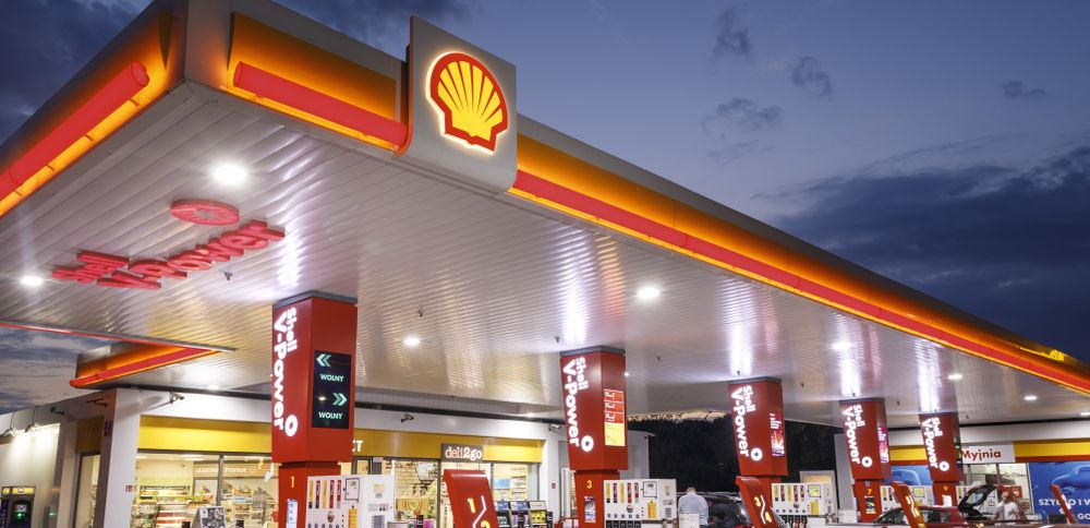 Uber Eats dostarczy zakupy ze stacji paliw Shell